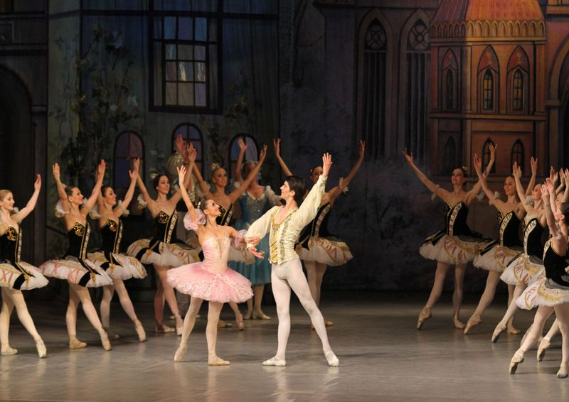 Coppélia Ballett von Léo Delibes im Theater Düren Haus