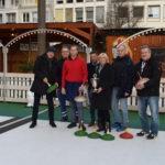 Stadtmeisterschaft im Eisstockschießen auf dem Weihnachtsmarkt