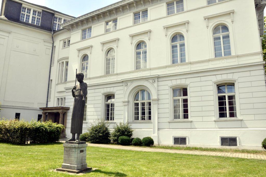 Außenansicht der Dürener Musikschule in der Tivolistraße