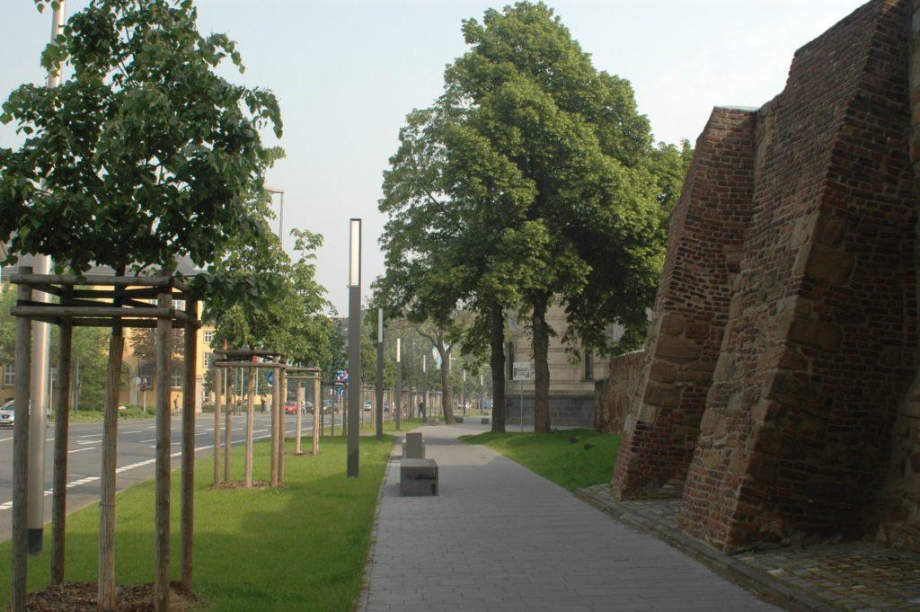 Innerhalb der Dürener Stadtmauer findet der Rundgang statt