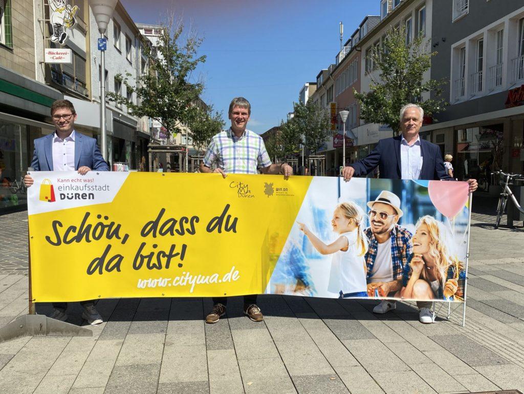 (v.l.n.r.) Manuel Keischgens (WIN.DN GmbH) Uwe Gunkel (1.Vorsitzender CityMa e.V.) und Michael Linn (Citymanager)