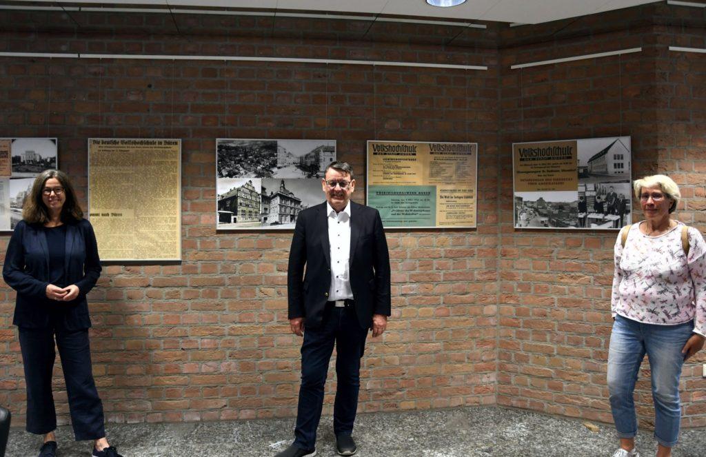 VHS-Leiterin, Bürgermeister von Hürtgenwald, Zweigstellenleiterin