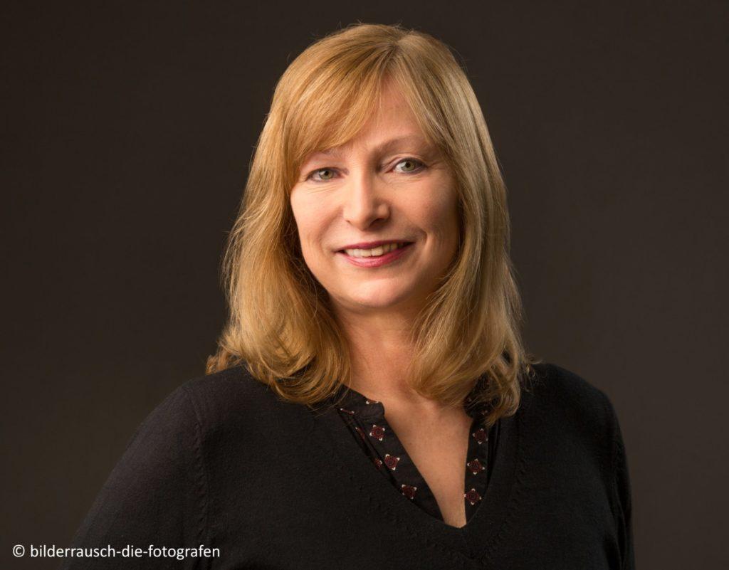 Porträtfoto der Autorin Marion Johanning