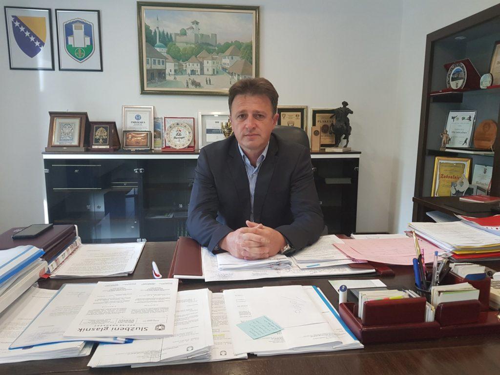 Bürgermeister Edis Dervi