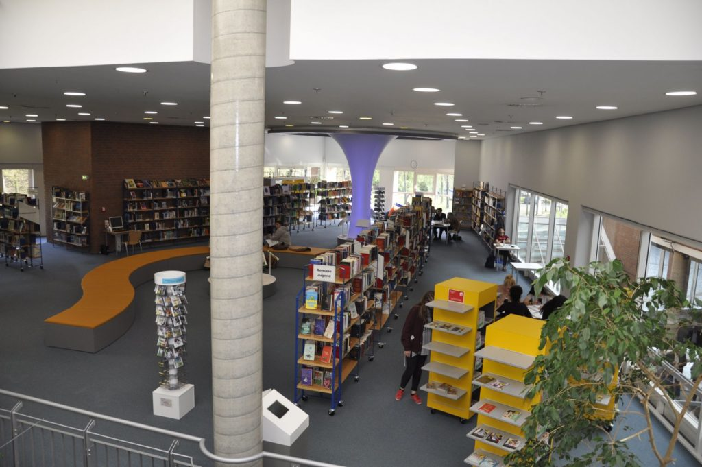 Der Raum für die Jugend in der Stadtbücherei Düren